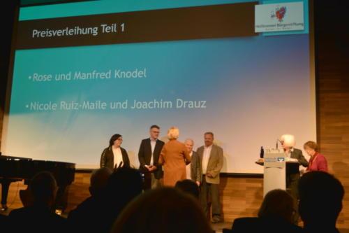 Preisverleihung an Rose & Manfred Knodel und an Nicole Ruiz-Maile & Joachim Drauz
